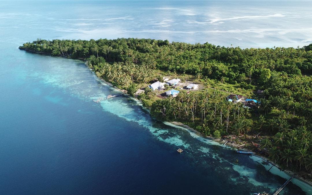 SEA TRACKER Training in the Kofiau-Boo Islands Marine Protected Area (MPA)