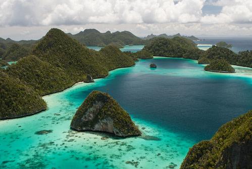 Raja Ampat Conservation The SEA People Wayag