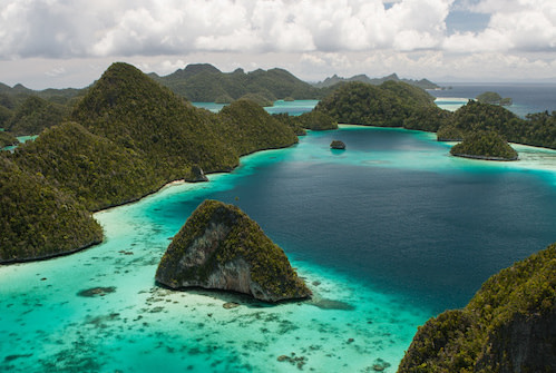 Raja Ampat Conservation The SEA People Wayag